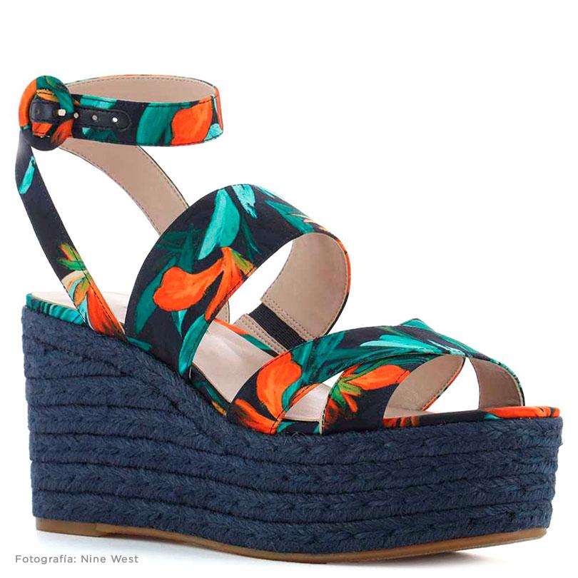 zapato de cuña nine west