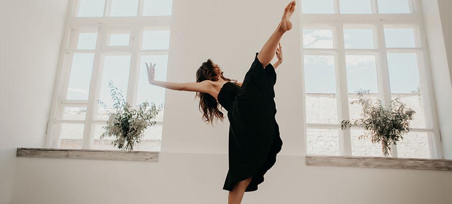woman-dancing